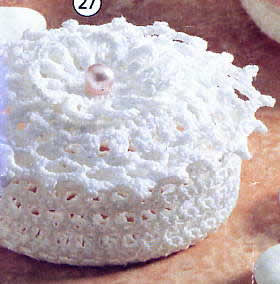 красивые вязаные шапки для младенцев.